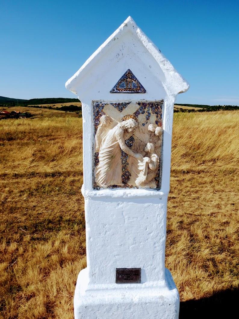 Szár - kálvária, stációs keresztút a kálvária-dombra