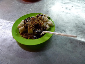 Photo: Georgetown, Penang -Chee Cheong Fun small for 2RM (sweet spicy sauce + rice dough), photo taken 110410