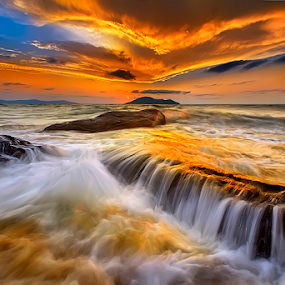 Luck gold by Dany Fachry - Landscapes Beaches