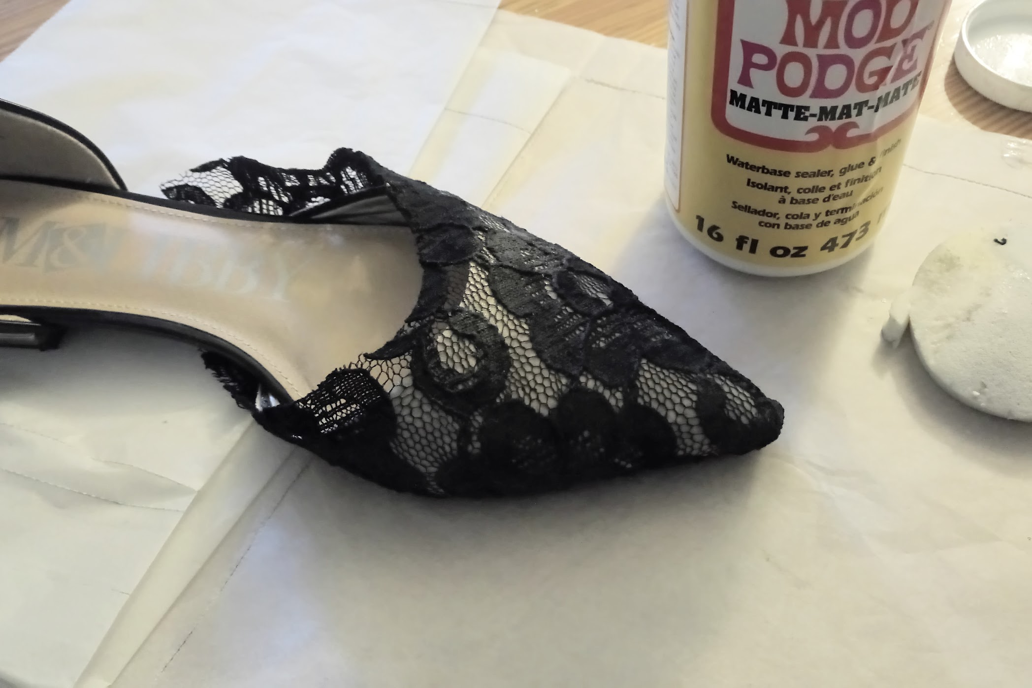 In-Progress: Flats Refashion with Lace and Velvet Remnants - DIY Fashion Accessories | fafafoom.com