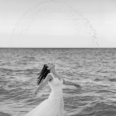 Wedding photographer Costin Tertess (CostinTertess). Photo of 25.02.2017