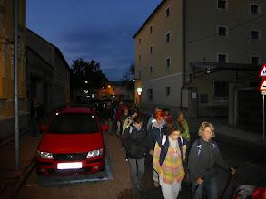 Photo: Ein paar Minuten nach 6 Uhr früh pilgern wir durch Stockerau