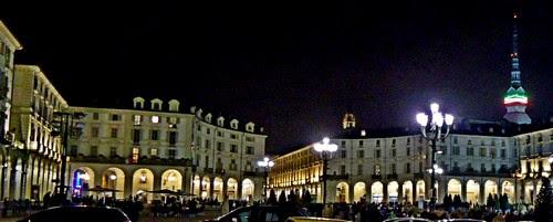 Portici di Torino, piazza Vittorio Veneto, Mole Antonelliana