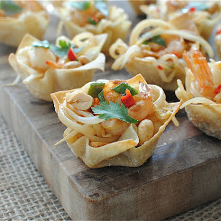 Shrimp Pad Thai Cups
