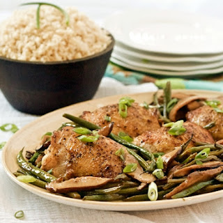 One-pot shiitake mushroom chicken thighs with French green beans