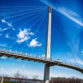 Bob Kerrey Pedestrian Bridge by Rajib Bahar - Buildings & Architecture Bridges & Suspended Structures ( omaha, iowa, bridge, bridges, nebraska,  )