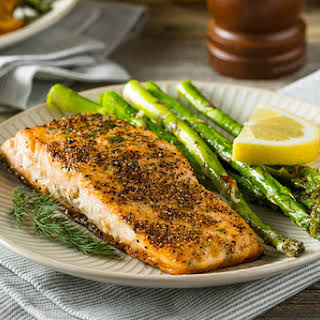 The 10-Day Tummy Tox Pan-Seared Salmon.