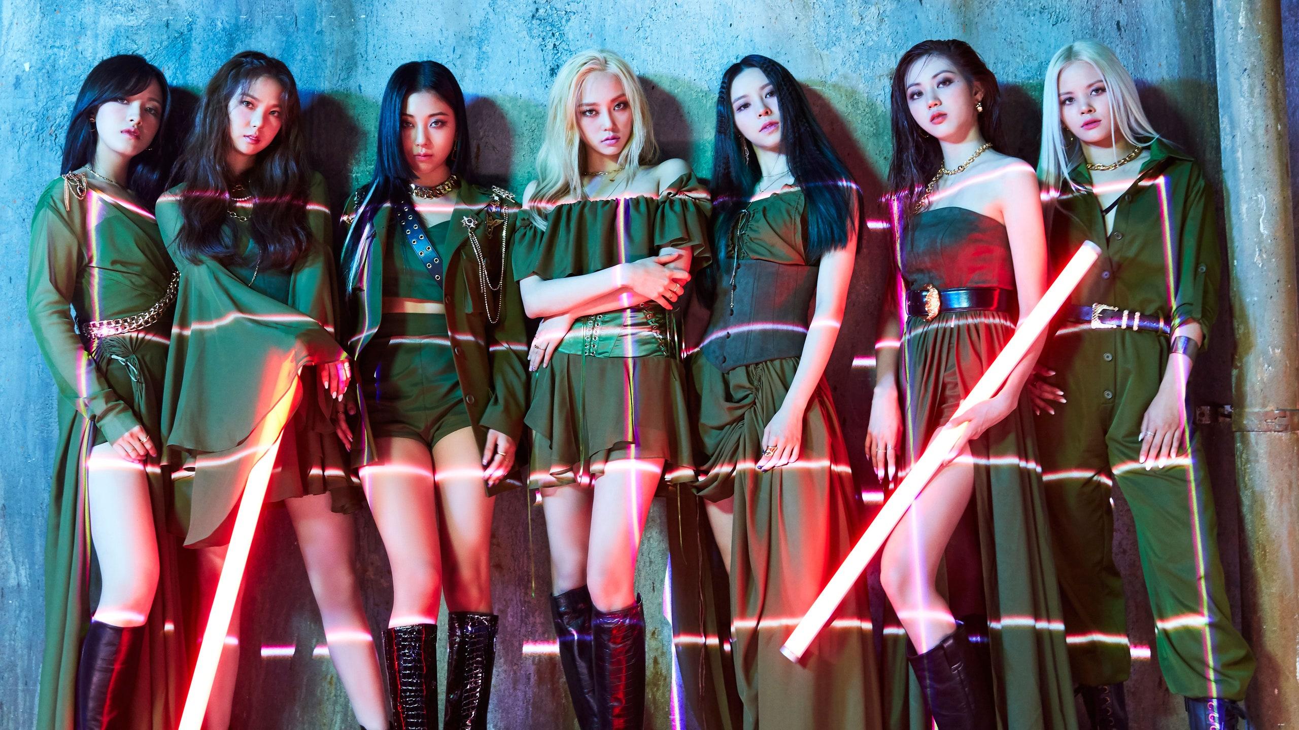 lightstick clc Cube Entertainment