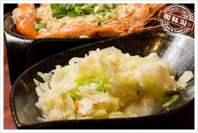 墾丁蝦匠活蝦料理炒高麗菜