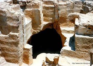 Photo: Paleo Paphos. Zogenaamde koningsgraven | Paleo Paphos. So-called royal tombs.