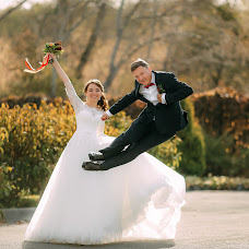 Wedding photographer Katya Pushkareva (RinaKa). Photo of 08.10.2017