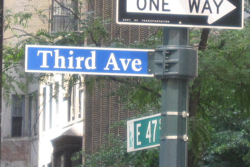 third ave roadsign