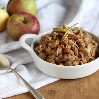 Cardamom Apple Cinnamon Oatmeal