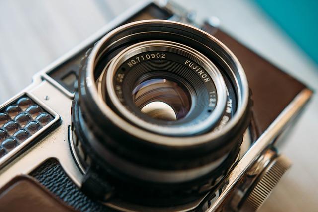 camera-801924_640.jpg