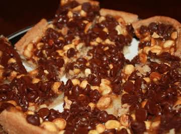 Oh So easy Chocolate Peanut Caramel Bars
