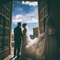 Wedding photographer Paolo Ferrera (PaoloFerrera). Photo of 21.10.2017