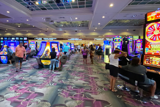 Hell-Ton of Table Games Replaced With Machines at Caesars Entertainment Casinos