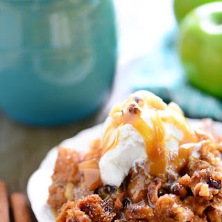 Slow Cooker Apple Walnut Bread Pudding