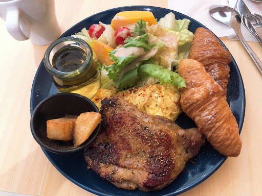 生菜新鮮好吃用餐環境舒服
