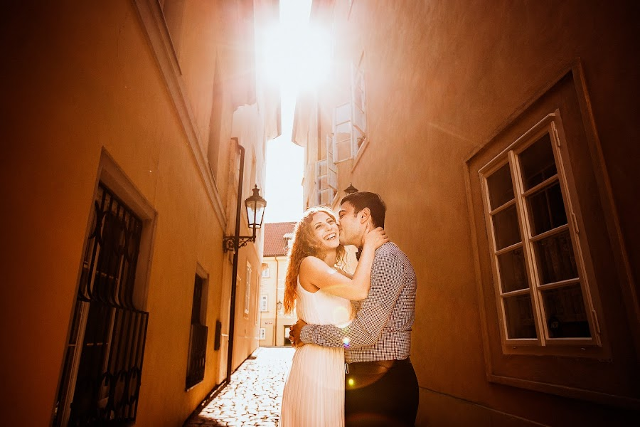 Wedding photographer Constantine Gololobov (gololobov). Photo of 21.03.2016