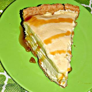 Vanilla Caramel Ice Cream Pie.