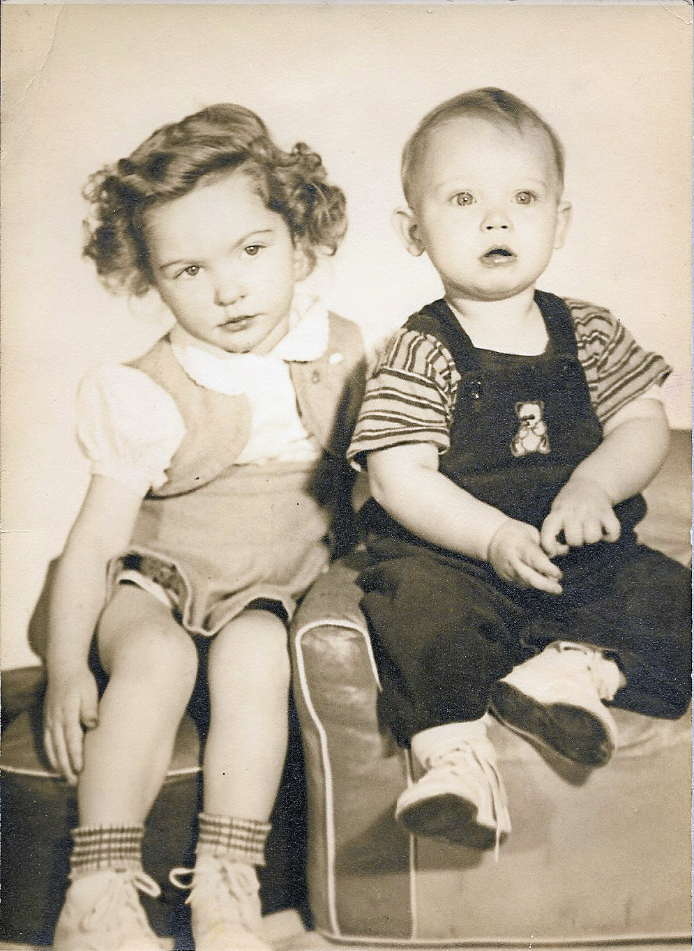 Sharon Sampson & Larry Vaughn 1945.png