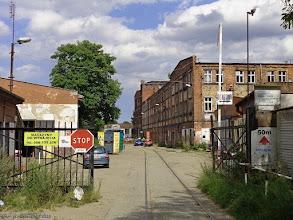 Photo: Bocznica przemysłowa wzdłuż ul. Reduta Wyskok (wejście na teren dawnej Królewskiej Fabryki Karabinów) {Gdańsk, Dolne Miasto; 2015-07-22}