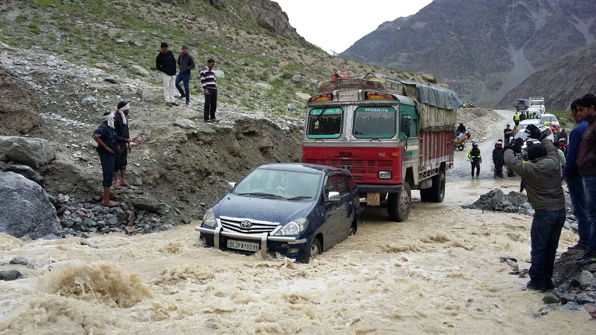 Muddy Water, a sign of violent stream ( SUV Driving Tips For Ladakh)