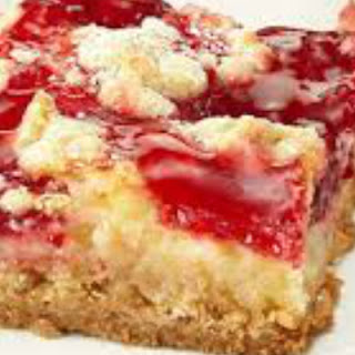 Bring These Strawberry Dessert Bars to Your Next Potluck Gathering! Recipe