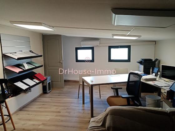 Vente divers 3 pièces 130 m2