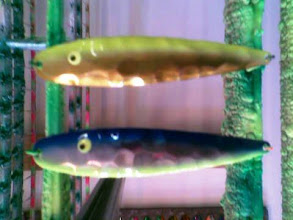 Photo: Testfarver, transparante pigmenter (som holder) på elektropolerede SpecieMax'er