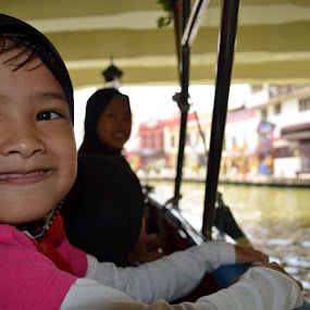 Speechless Fun by Azzah Rahman - Babies & Children Children Candids ( malacca, river cruise, pwcsummerfun, school holidays, historical city )