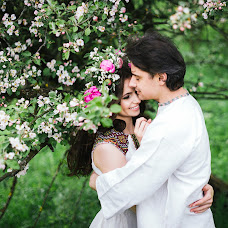 Wedding photographer Alena Smirnova (AlenkaS). Photo of 09.05.2018