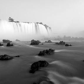 Iguazu falls by Marco Parenti - Landscapes Waterscapes ( brazil, iguazu, waterscape, black and white, waterfall, landscape,  )