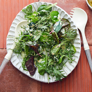 Mixed Greens with Yogurt Dressing and Dill Recipe