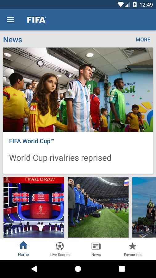 Screenshots of FIFA for iPhone
