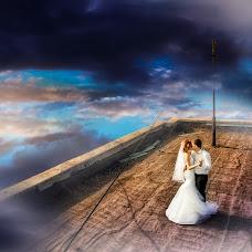 Wedding photographer Evgeniya Khoruzhaya (horuzhaya). Photo of 25.12.2015