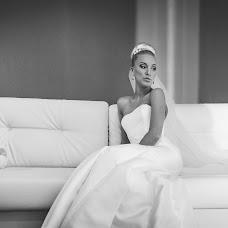 Wedding photographer Ilya Mitich (ika2loud). Photo of 12.04.2014
