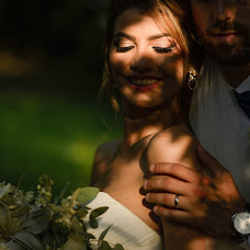 Wedding photographer Ionut Diaconescu (fotodia). Photo of 04.12.2018