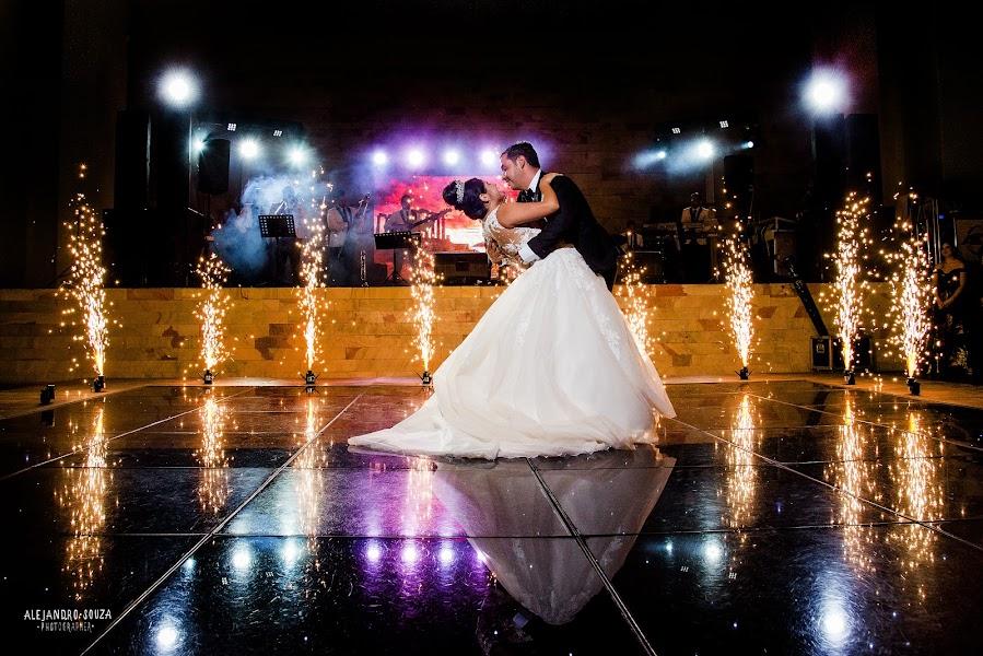 Wedding photographer Alejandro Souza (alejandrosouza). Photo of 06.09.2018