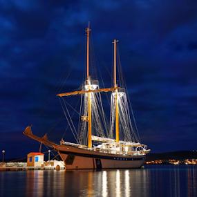 KRALJICA MORA by Dalibor Jud - Transportation Boats ( crikvenica, ship, brod, mora, croatia, kraljica, sailboat, hrvatska,  )