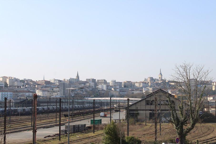 Vente maison 5 pièces 146 m² à Angouleme (16000), 214 250 €