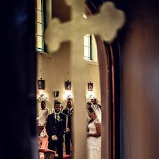 Wedding photographer Gábor Badics (badics). Photo of 05.10.2017