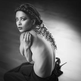 by Velizar Ivanov - Nudes & Boudoir Artistic Nude ( model, fashion, monochrome, floor, black and white )