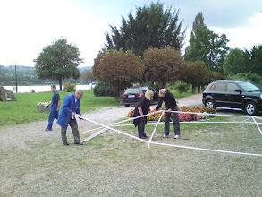 Photo: Aufbau des kleinen Zeltes