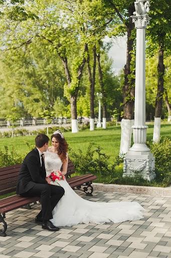 Wedding photographer Anya Grebenkina (grebenkinaann). Photo of 01.06.2017