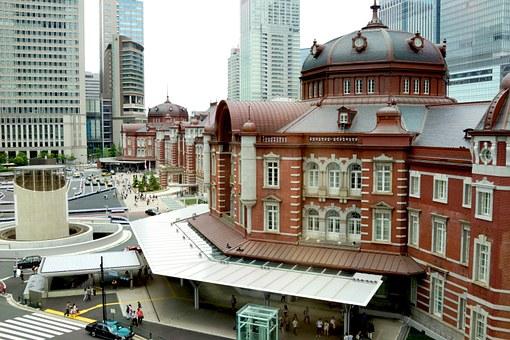 tokyo-station-641769__340.jpg