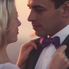 Wedding photographer Andrey Selyutin (ASPaparazzi). Photo of 28.10.2013
