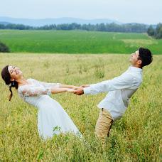 Wedding photographer Ekaterina Milovanova (KatyBraun). Photo of 01.12.2015