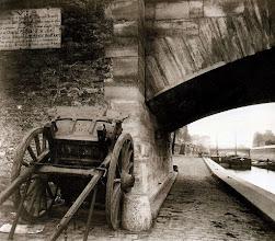 Photo: Quai de la Tournelle (5 arr), 1911 .- EUGÈNE ATGET
